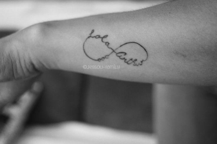 tatouage avant bras maman