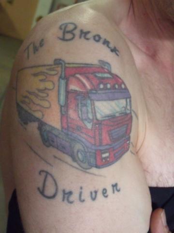 tatouage avant bras pompier