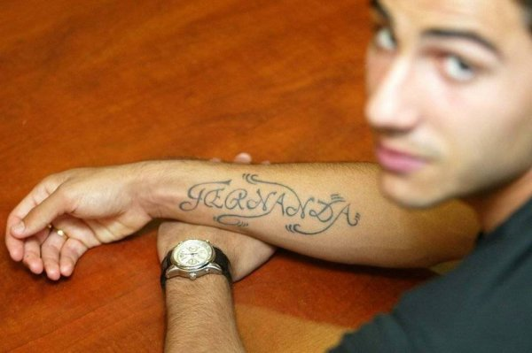 tatouage avant bras portugal