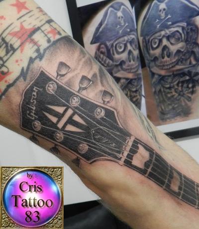 tatouage avant bras rock
