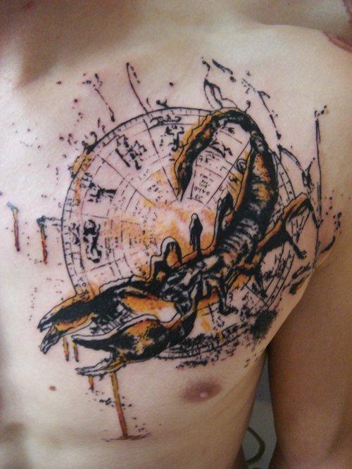 tatouage biomecanique scorpion