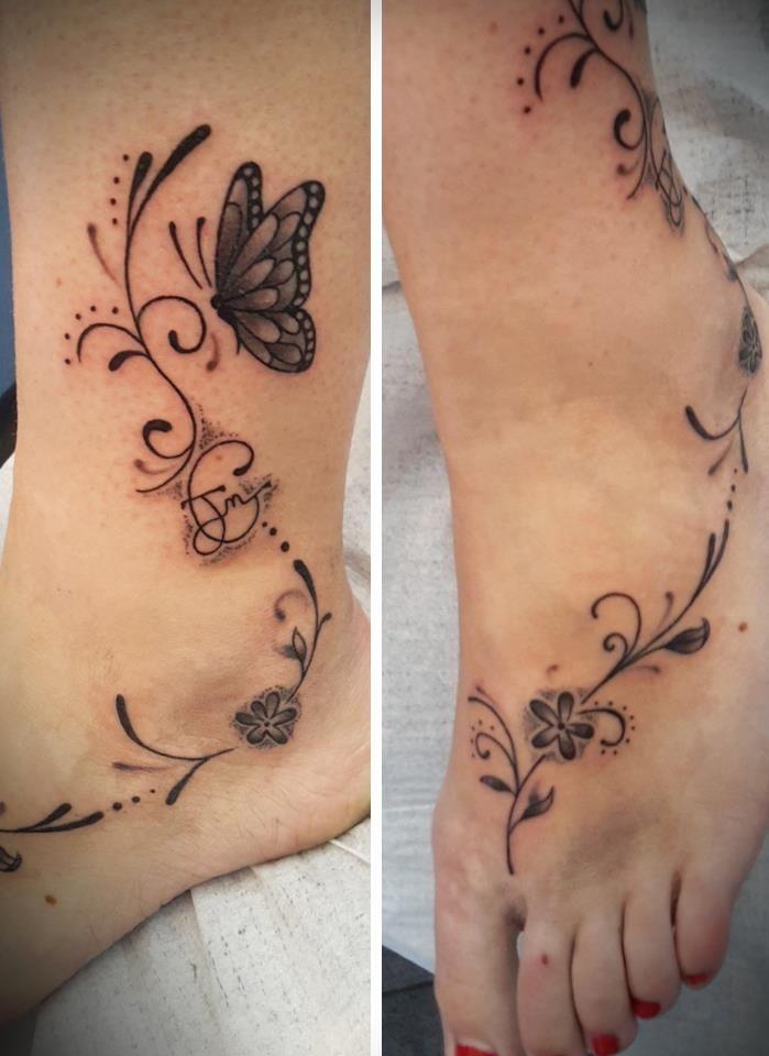 tatouage cheville papillon