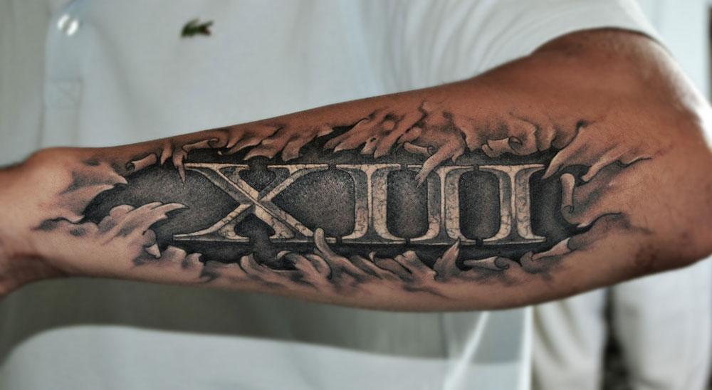 tatouage chiffre romain ventre