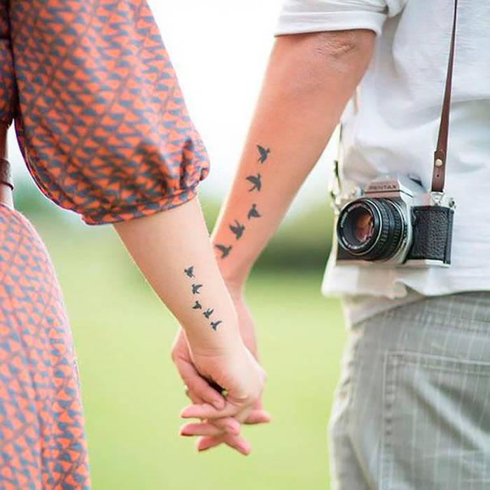 Tatouage couple hirondelle