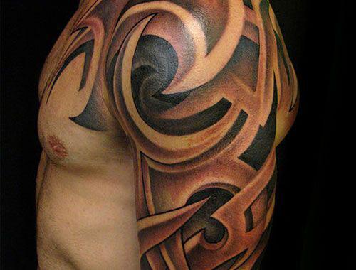 tatouage épaule bras homme