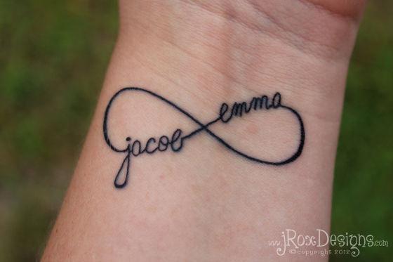 tatouage infini lettre