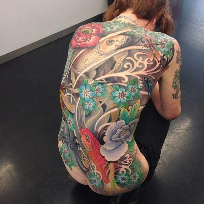 tatouage japonais lotus
