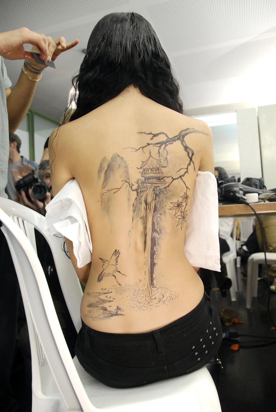 Tatouage japonais pour femme