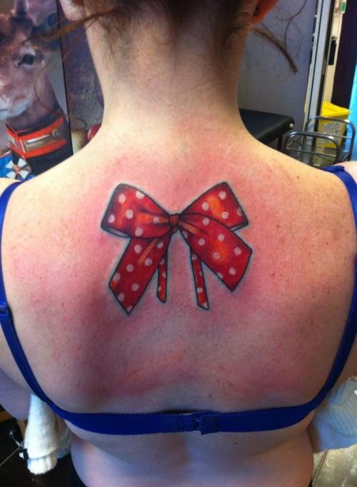 tatouage noeud old school