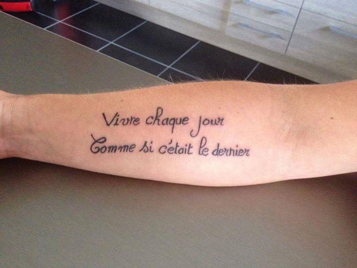 tatouage phrase d'amour en francais