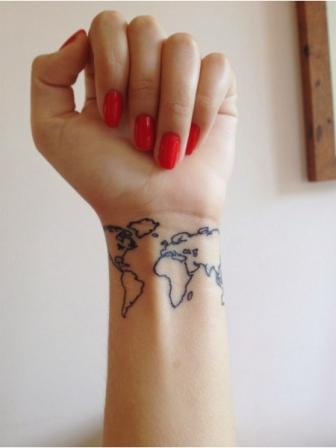 Tatouage poignet pour femme