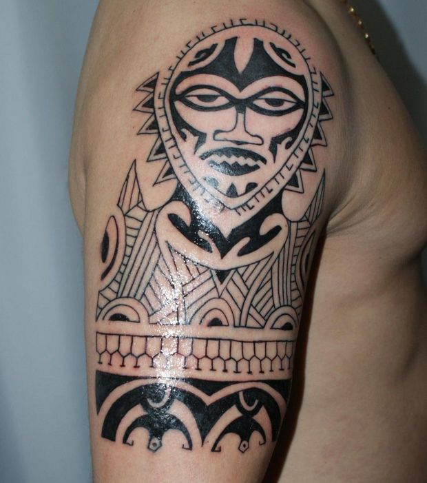 tatouage tribal famille