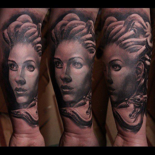 tatouage tribal montpellier