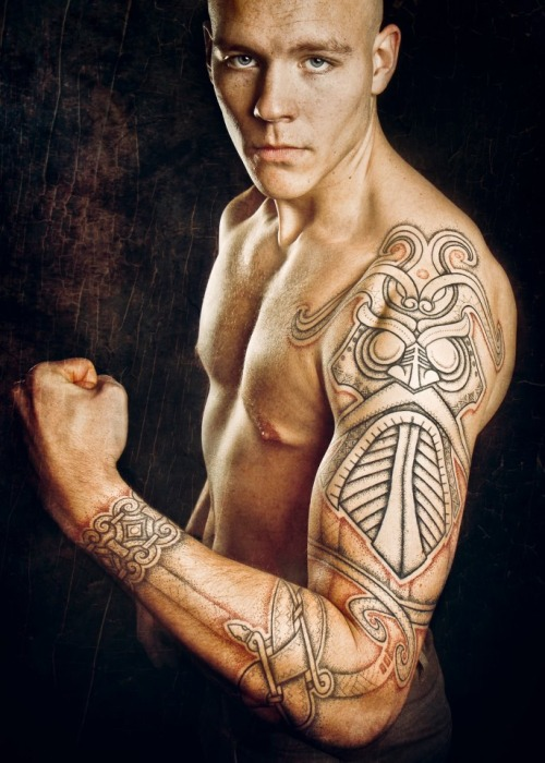 tatouage tribal unique