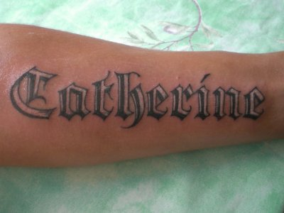 Tattoo avant bras lettrage